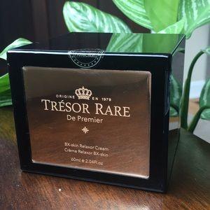 New skin relaxor cream from Tresor Rare.